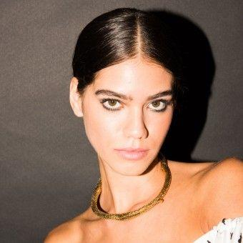 How-To Beauty: Shimmery Green Eyeshadow Made for the Disco