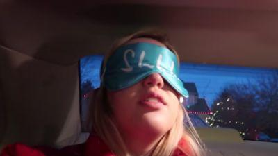 How to Do the Bird Box Challenge