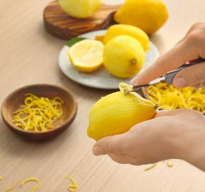 How to zest a lemon three different ways - and the tools you need to do it