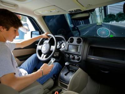 Insurance Companies Are Monitoring Your Phone to See How Much You Use It While Driving