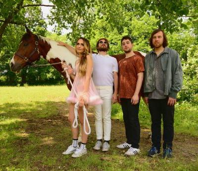 "Speedy Ortiz Return with the Slimy, Apathetic Anxiety of ""Lucky 88"""