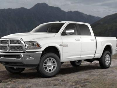 This is the Last Year You Can Buy a New Full-Sized Pickup Truck With a Manual Transmission