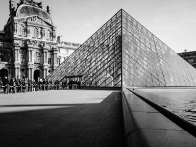 I.M. Pei, architect who designed the Louvre Pyramid, dies at age 102