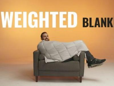 Smother Your Anxiety With the Best Weighted Blanket Deals Ever, Including 20 and 25 Pounders