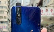 Blue vivo V15 Pro shines in newly leaked hands-on image