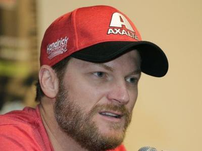 Dale Jr. crashes in snowy weather after helping other driver