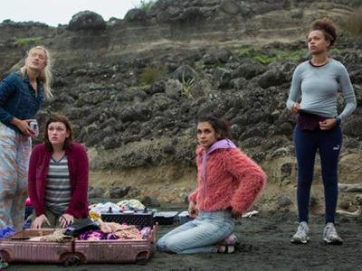 'The Wilds' Trailer: Amazon's New Series Feels Like Teen Girls in a Young Adult 'Lost'
