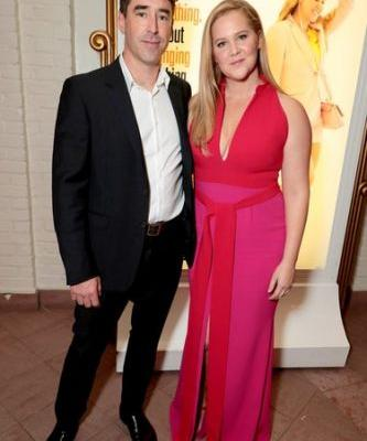 Amy Schumer & Chris Fischer's Red Carpet Debut Just Happened & They Looked So In Love