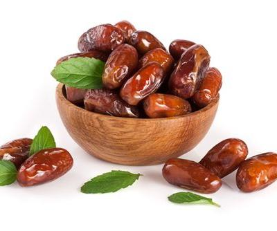 Ajwa dates preserve liver function in cancer patients