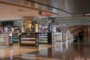 Hamad International Airport delivers extended family layover