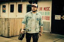 Mitchell Tenpenny Moves Up Emerging Artists Chart, Sarah Grace Debuts
