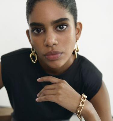 FRAME & Mejuri Collabed On A Line Of Chic Fashion & Jewelry Staples