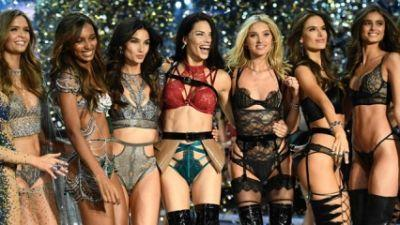 Angels make a sparkling touchdown at 2016 Victoria Secret Fashion Show