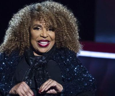 Roberta Flack cuts performance short, is rushed to hospital from Apollo Theater