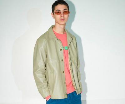 Très Bien Mixes Causal Suits With Streetwear Essentials for FW19
