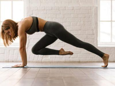 How To Work Your Core & Get A Cardio Burst With One Simple Move