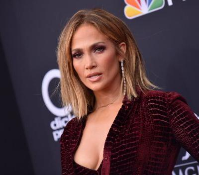 NBD or Anything, but J Lo Wore Actual $100 Bills on Her Nails