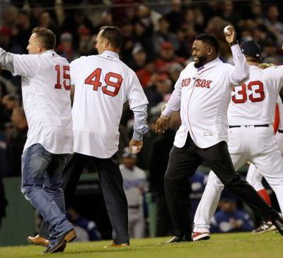 Curt Schilling not invited for 2004 World Series team celebration at Fenway