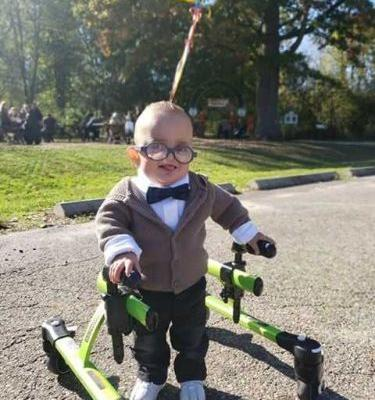 2-year-old with cerebral palsy goes viral for 'Up'-themed Halloween costume