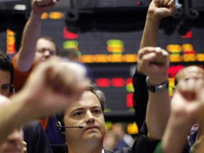 US stocks gain as stimulus optimism offsets the biggest jobless-claims surge since March