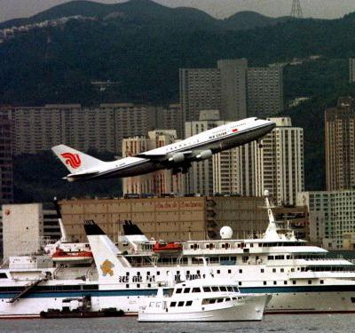 Hong Kong is now the city with the most super-rich people in the world - and it shows how the world outside of the US and Europe keeps getting richer