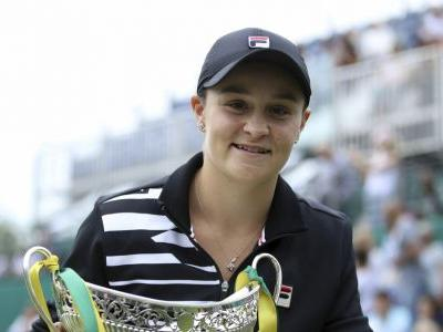 Tennis greats applaud Barty's rise to No. 1