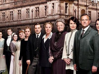 A 'Downton Abbey' Movie is Coming to Theaters Featuring the Original Cast