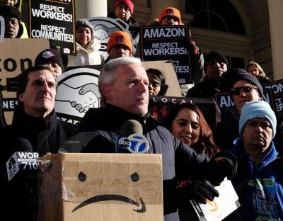 Amazon may drop plan for New York HQ after local opposition