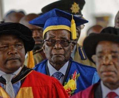 Mugabe makes 1st public appearance amid talks on departure
