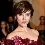 Scarlett Johansson Apologizes For Accepting the Role of a Transgender Man