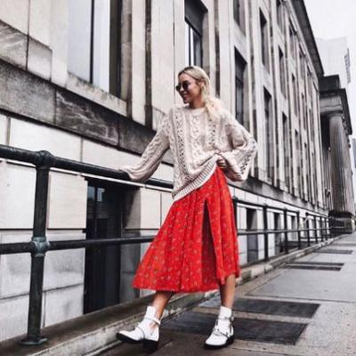 The 2-Piece Outfit Combo Fashion Girls Can't Stop Wearing