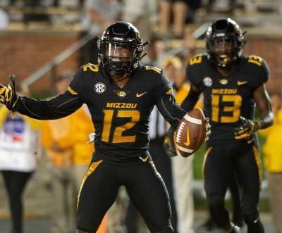 Missouri's Lock shows Wyoming all facets of his game