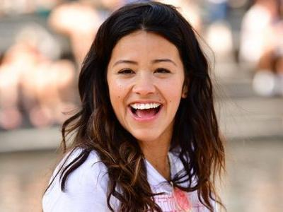 Gina Rodriguez Is Paying For All 4 Years of an Undocumented Student's College Education