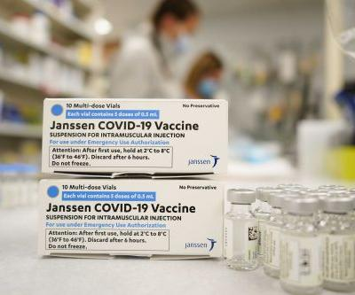 Dr. Fauci says he expects the Johnson & Johnson vaccine to resume later this week