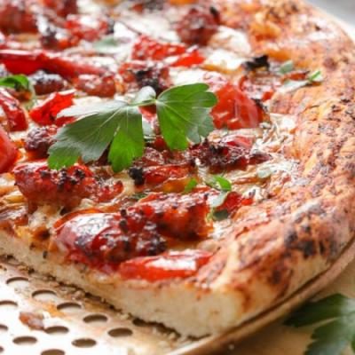 Pizza with Sausage and Sweet Pepper