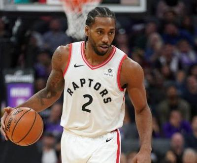 Toronto Raptors' Kawhi Leonard scores 36 despite apparent leg injury