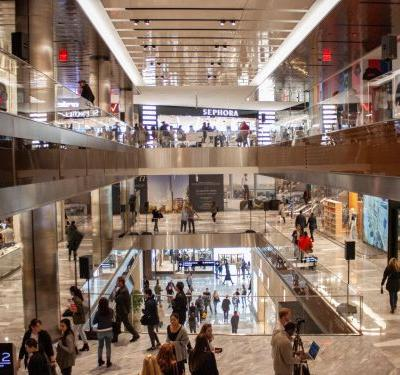 I got an inside look at the brand new, 7-story 'vertical shopping experience' in Hudson Yards, which the developers insist is not a mall - here's what I saw on opening day