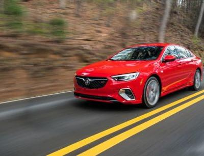 2018 Buick Regal GS First Drive: Buick Adds Some Muscle to Its Sportback