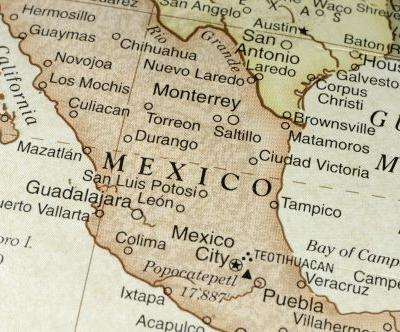 Mexican police find 15 bodies crammed into pickup