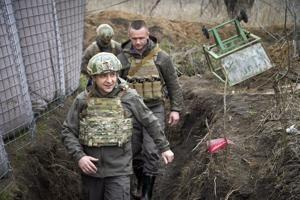 The leaders of Ukraine, Turkey stress territorial integrity