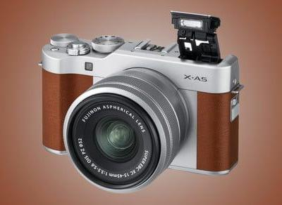 Fujifilm X-A5 adds faster autofocus, 4K bursts, and a powered zoom lens