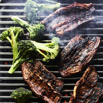 5 Reasons Why the Everdure is the Grill of Your Dreams