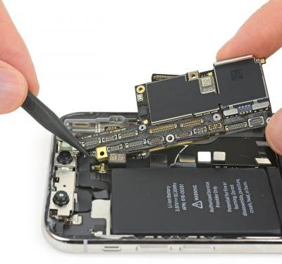 IPhone XS teardown reveals not much has changed inside. except the battery