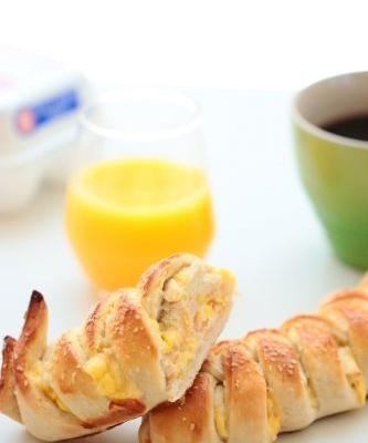 Ham and Egg Pretzel Braid