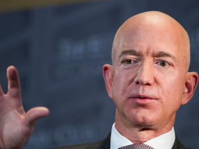 Jeff Bezos alleges ties between Saudi Arabia and National Enquirer's publisher, David Pecker, and it could all relate to the murder of journalist Jamal Khashoggi