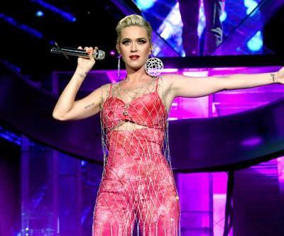 Katy Perry's New Long, Platinum Blonde Hair On The 'American Idol' Finale Makes Her Look SO Different