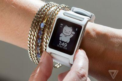 Fitbit is reportedly close to buying Pebble
