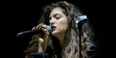 Watch Lorde Debut New Songs at Surprise Show