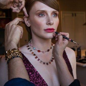 How Bryce Dallas Howard Got Ready For The SAG Awards