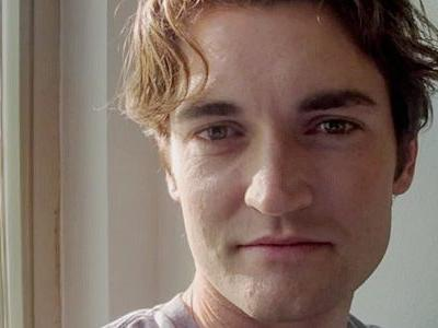 The founder of Silk Road is dictating tweets from the prison where he's serving life - and he's convinced 55,000 people to sign his petition for clemency